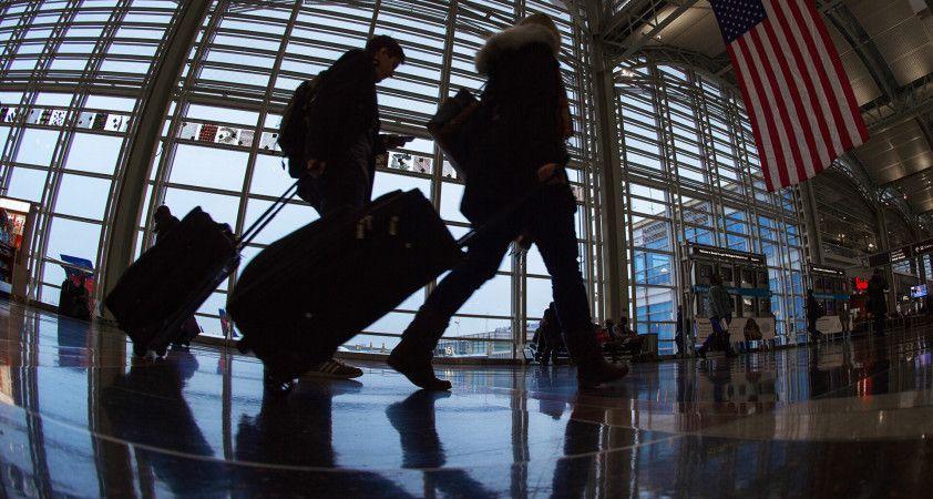 Sahte 'kayıp bavul' başvurularıyla havayolu şirketlerinden 500 bin dolar alan kişiler yakalandı