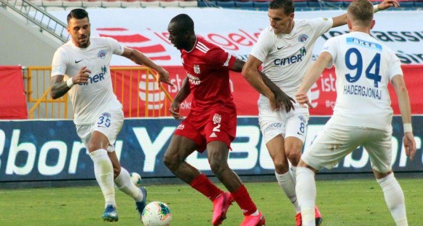 Süper Lig: Kasımpaşa: 0 - Sivasspor: 0 (Maç sonucu)