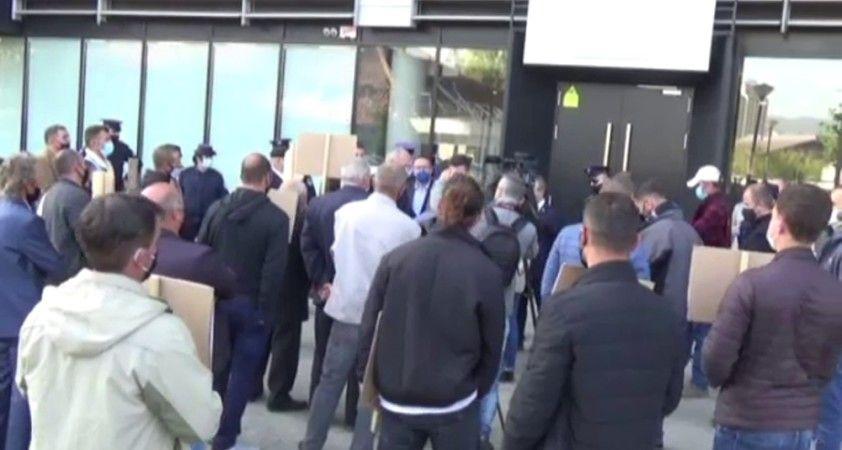 Kosova tarım üreticileri Tarım Bakanlığını protesto etti