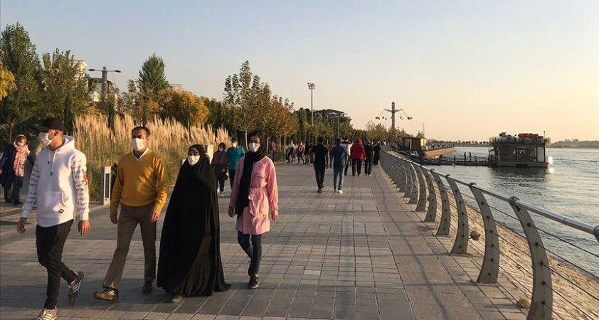 İran'da 25 eyalet merkezinde Kovid-19 kısıtlamaları
