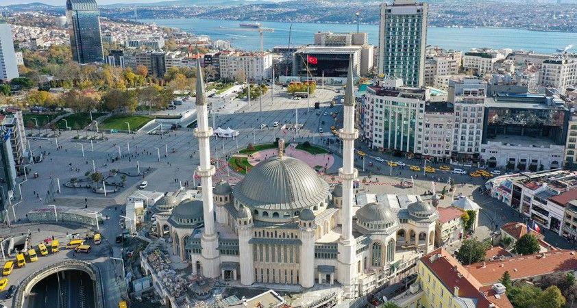 Taksim'e yapılan cami ramazanda açılacak