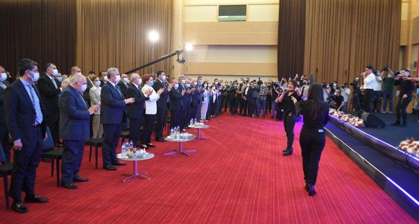 'Başkent Kart' Kılıçdaroğlu ve Akşener'in katılımıyla tanıtıldı