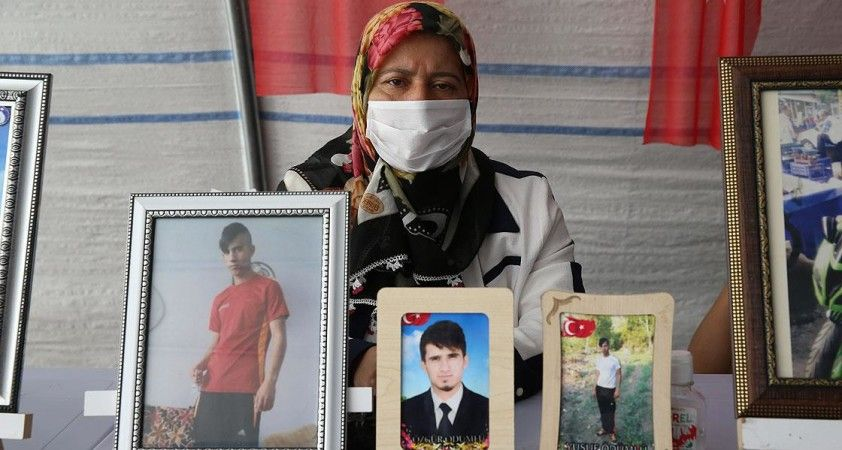 Diyarbakır annelerinden Ödümlü: Çıkıp gelin askerlerimize teslim olun