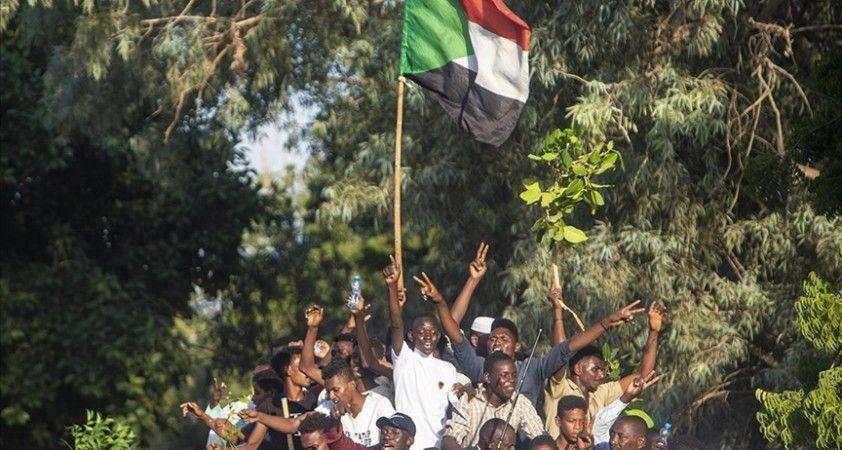 Sudan'da siyasi çözüm için kriz masası kuruldu