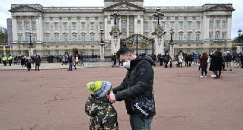 İngiltere'de 5 yaşındaki bir çocuk korona nedeniyle hayatını kaybetti