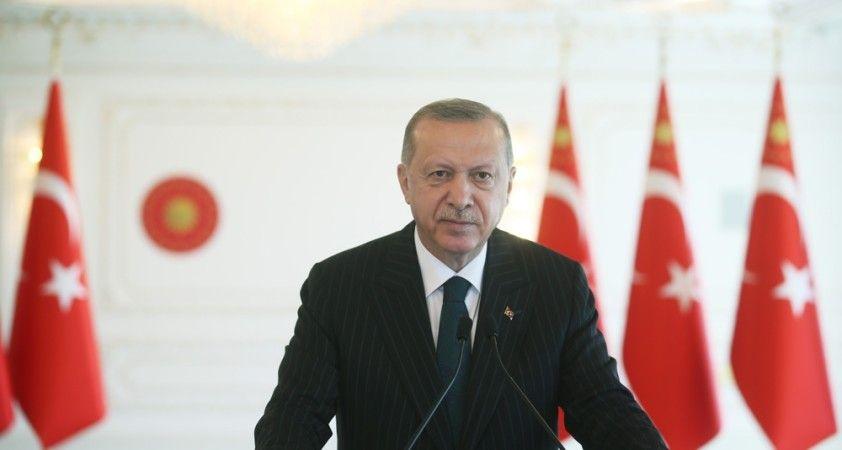 """Erdoğan: """"Peygamber Efendimize yapılan saldırılara karşı durmak bizim şeref meselemizdir"""""""