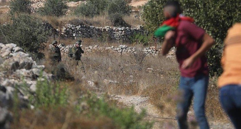 İsrail güçleri Batı Şeria'daki gösterilerde 12 Filistinliyi yaraladı