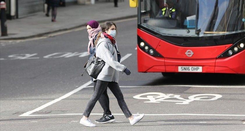 İngiltere Sağlık Bakanı'ndan kışın günlük Kovid-19 vaka sayılarının 100 bine ulaşabileceği uyarısı