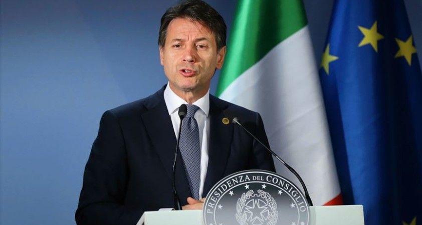 İtalya'da 'tüm reformların anası' yürürlüğe giriyor