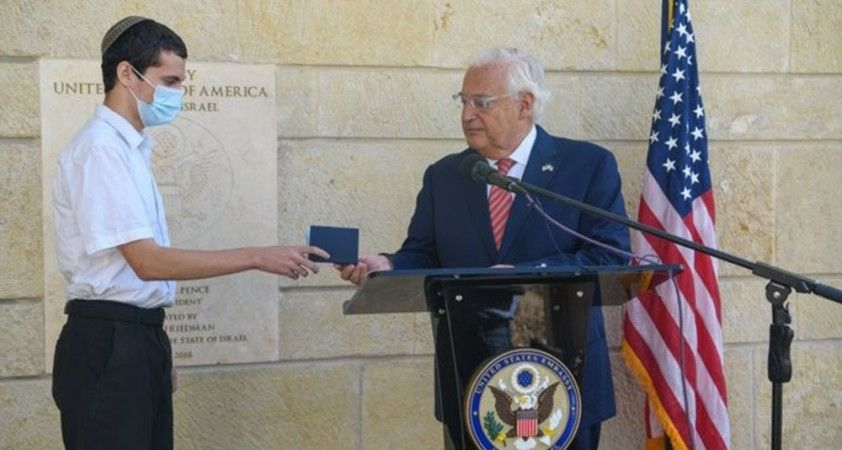 Kudüs'te doğan genç, pasaportuna doğum yeri olarak İsrail'i yazan ilk ABD'li oldu