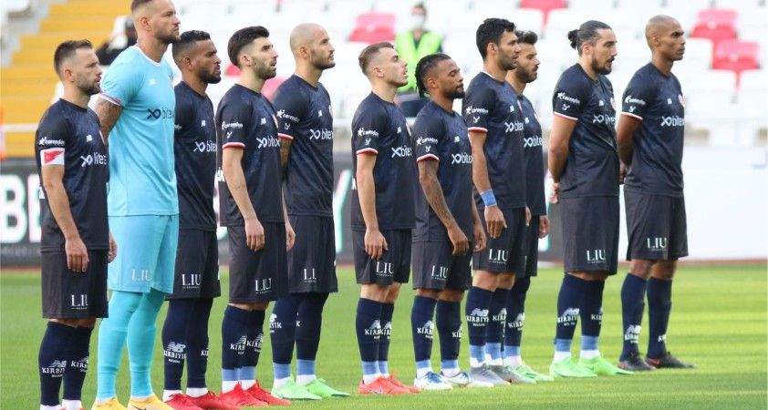 FT Antalyaspor, deplasmanda ilk gollerini DG Sivaspor'a attı