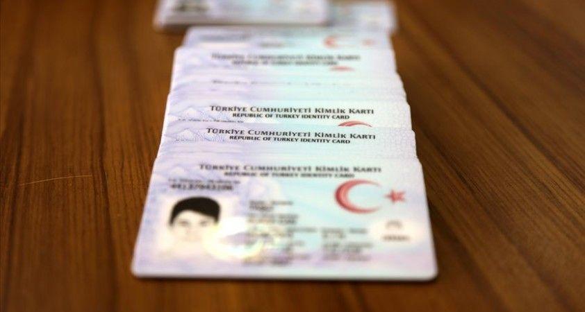 5 günde 120 bin kişinin sürücü belgesindeki bilgiler kimliğine entegre edildi