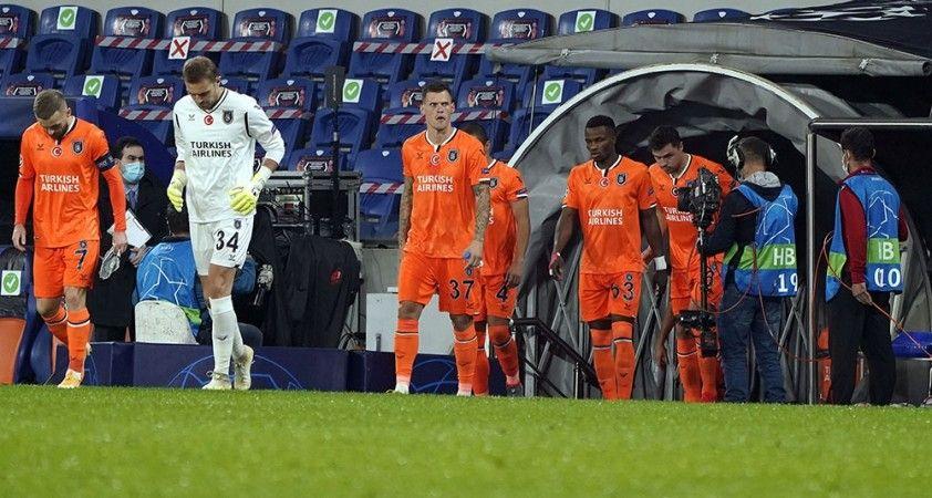 UEFA Şampiyonlar Ligi: Medipol Başakşehir: 0 - Paris Saint-Germain: 0 (Maç devam ediyor)