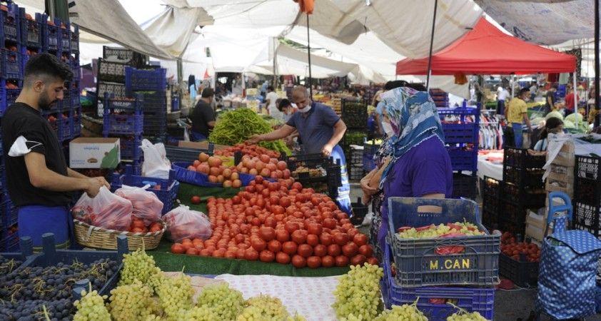 Semt pazarlarında sebze meyve fiyatları düştü