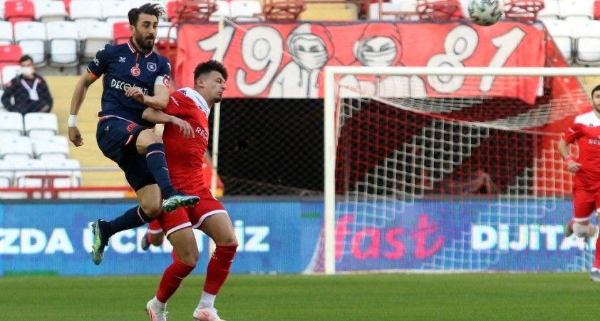Süper Lig: FT Antalyaspor: 0 - Medipol Başakşehir: 0 (Maç sonucu)