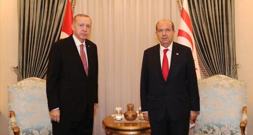 KKTC Cumhurbaşkanı Tatar, Cumhurbaşkanı Erdoğan'ın doğum gününü kutladı