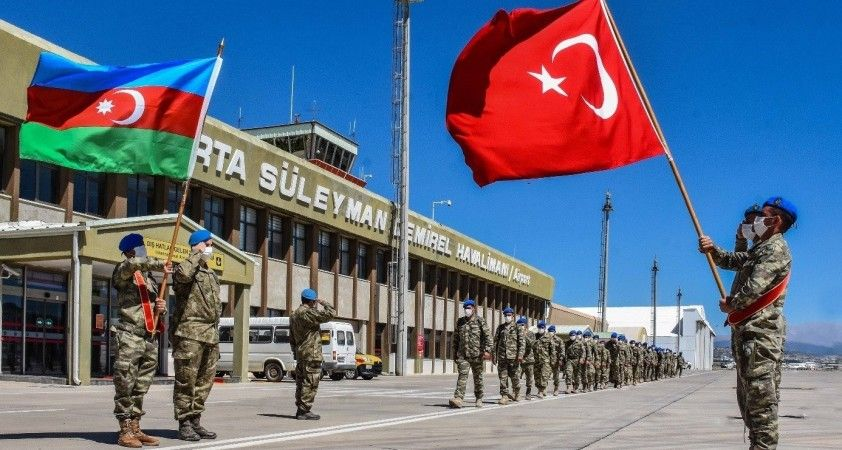 """MSB: """"Azerbaycan ve Somalili misafir askerler komando eğitimlerini başarıyla tamamladı"""
