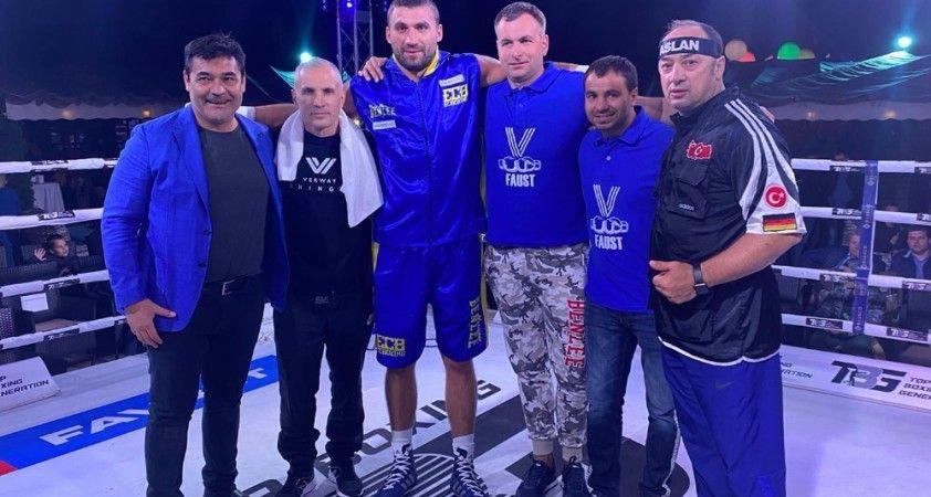 Ukraynalı boksörün 8 maçlık serini Volkan Gökçek bitirdi