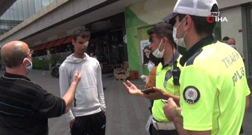 Para vermeyen yabancı uyruklu vatandaş ile taksici arasında tartışma çıktı