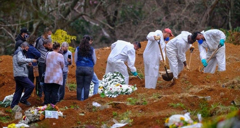 Brezilya'da son 24 saatte 2 bin 392 kişi Kovid-19'dan hayatını kaybetti