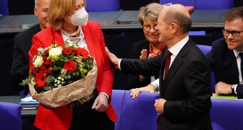 Almanya'da yeni Federal Meclis Başkanı Bearbel Bas oldu