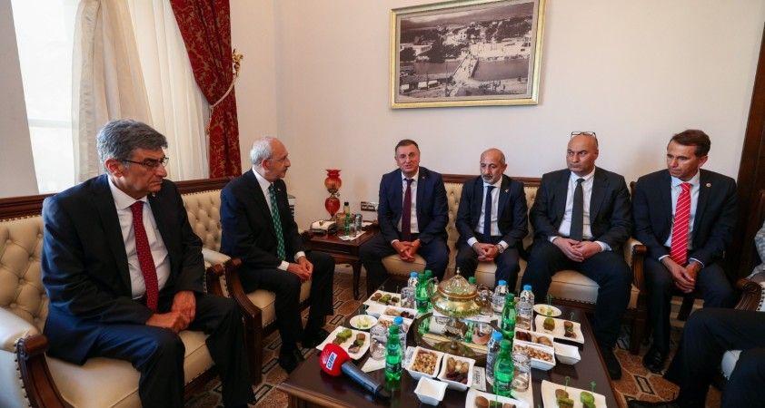 Kılıçdaroğlu'ndan Başkan Savaş'a hizmet teşekkürü