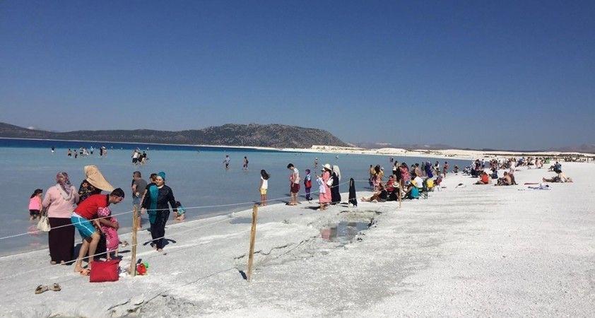 Salda Gölü'nün Beyaz Adalar bölgesi için yasak geldi