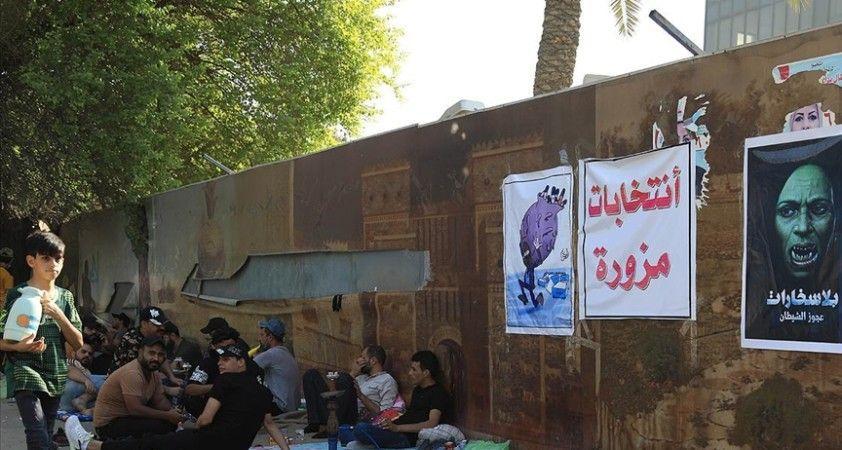 Bağdat'ta, seçimi kaybeden Şii parti ve milis grup destekçilerinin oturma eylemi sürüyor