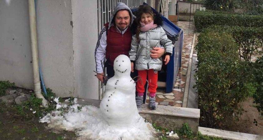 İstanbul'da pes dedirten hırsızlık: Kardan adamı çaldılar