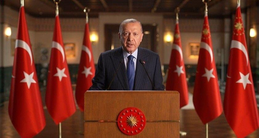 Cumhurbaşkanı Erdoğan: Avrupalı siyasetçiler İslam düşmanlığını siyasi ranta çevirmenin hesabını yapıyor
