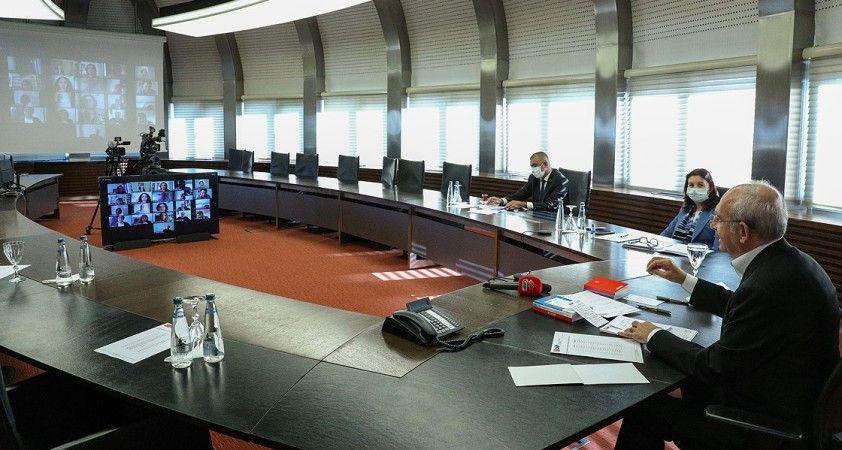 CHP Genel Başkanı Kılıçdaroğlu öğretmenlerle görüştü