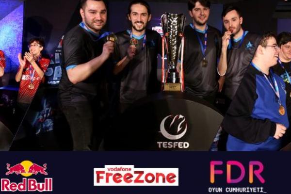 Türkiye'nin ilk resmi espor turnuvasının şampiyonları belli oldu
